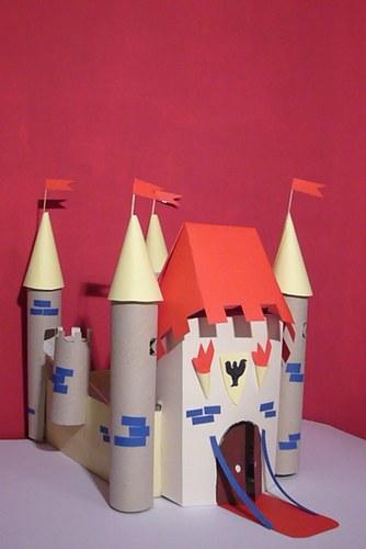 ... , mi costruisci un castello? - Scuola in soffitta - Blog per mamme
